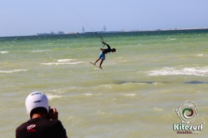 kitesurfing in progreso