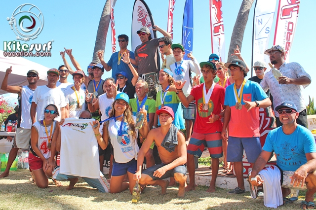 Photo competitors kiters and windsurfers bucerias classics